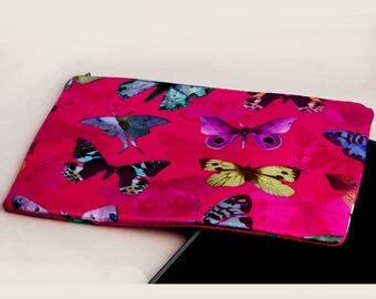 Ipad cover silk moths pattern pink