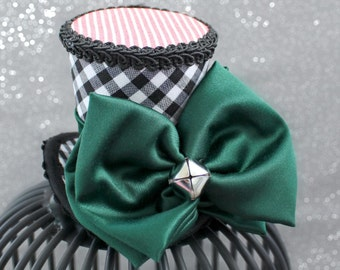 Christmas Mini Top Hat, Holiday Party Hat, Black and Green Mini Top Hat, New Year's Eve Mini Hat, Christmas Fascinator, Christmas Decoration