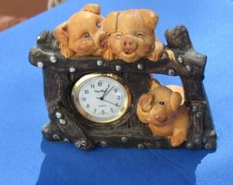 Retro Three Pig's  Pierre Nicole Quartz Desk Top Clock TLC