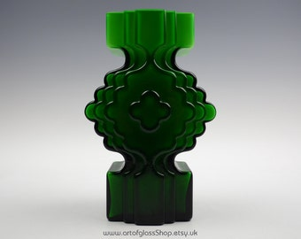 Large Alsterfors green glass vase by Per-Olof Ström