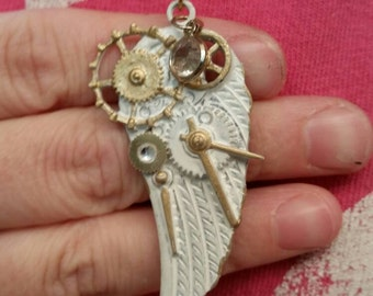 Steampunk White wing/gear necklace