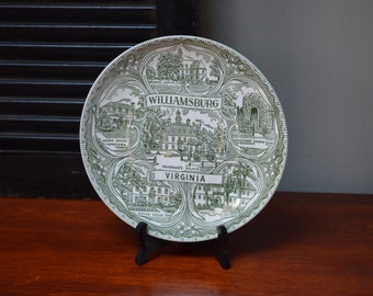 Williamsburg Souvenir Plate Midcentury Historical Souvenir Plate from Williamsburg I Ship Internationally