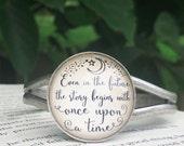 Lunar Chronicles pemdant Bracelet