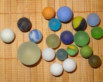 Lot of 19 Beach Glass-Like Vintage Marbles / Frosted Marbles / Glass Marbles / Toy Marbles / Game Marbles / Craft Marbles / Lot #247