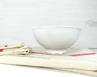 French vintage cafe au lait bowl, white latte bowl, white and gold porcelain bowl, French country decor, French dinnerware, French chic.