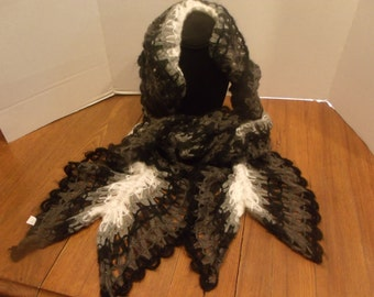 Crochet Scarf Black and White