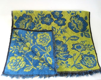 Martex Retro Hand Towel, c. 1960, Damask Fringed Hand Towel, Blue Green Rose Motif, Pre GMO Cotton USA, Chartreuse/Blue Vintage Bath Towel