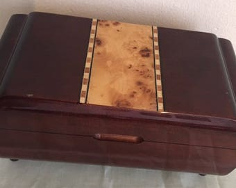 Vintage preloved inlaid wooden jewellery box. Art deco style