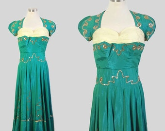 Vintage Gown / Emerald Green Evening Gown / 1940s Gown / 1940s Party Dress / 1940s Sequin Dress / 1940s Stage Costume / Full Skirt