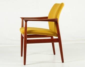Armchair, Grete Jalk for Glostrup, teak, yellow wool fabric