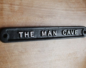 Vintage Man Cave Sign - Shed Garage Dad Father's Day Gift Sign Plaque Solid Cast Metal UK Made Mens Gift Idea Sign ~ HUMO-01-bl