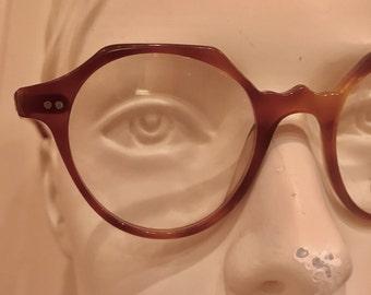 vintage woman eyewear, NOS, deadstock, 1960, eyeframe, tortoiseshell color