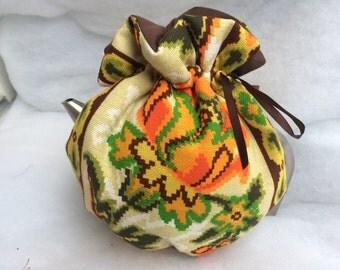 New Retro style cotton canvas reversible tea cozy bright orange, green brown-Grandma's old school cosy 4-8cup tie top wrap