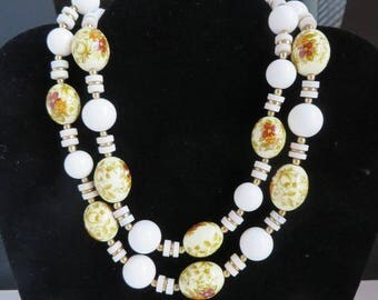Japan Porcelain Necklace, Vintage Bead Necklace, Cream & White Necklace, Flower Beaded Necklace, Summer Jewelry Gift Idea
