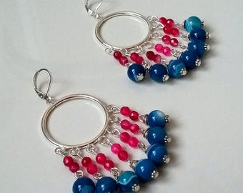 Pendant earrings with stones