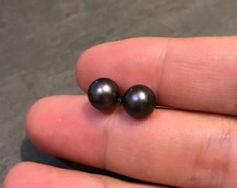 Vintage sterling silver earrings, fresh water pearl studs, 925 stamped