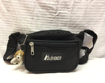 Everest ,Fanny Pack, Black Nylon, Bulldog, Key Chain