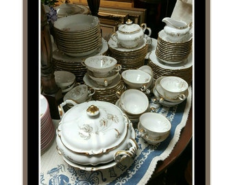 Set of antique H and C Selb Bavaria Heinrich & Co in the Du Barry Pattern 90 pieces