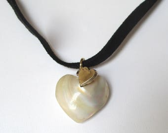 Victorian Mother-of-Pearl Puffed Heart Pendant Choker/Necklace