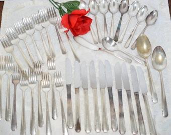 Vintage 1930's Tudor Oneida Community 40 piece silverware set Tudor Plate Community Flatware thru Betty Crocker and General Mills