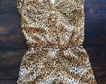 Adorable leopard pinup style toddler 5/6 jumper / romper
