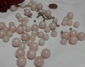 Vintage blush pink marble ball beads..10mm 5mm and gold spacers. Acrylic. 50 plus