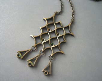 Modernist  bronze necklace by Pentti Sarpaneva, Finland, 1970s.