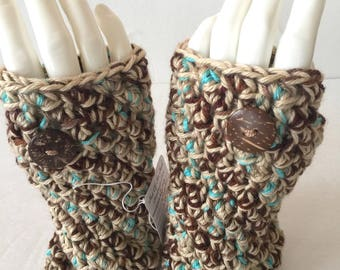 Texting Gloves, Wristwarmers, Fingerless Gloves, Crochet Handwarmers, Beige  Brown, Light Blue,  Coconut Shell, Button Accent, Chunky