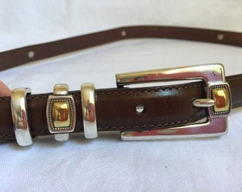 "Womens brown leather belt silver & brass accents size X-Large 1/2"" thick Made in USA"