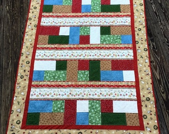 Christmas Lap Quilt, Holiday Lap Quilt, Winter Lap Quilt, XMAS Quilt, Snowman Quilt, Ornament Quilt, Christmas Decor, Holiday Decor