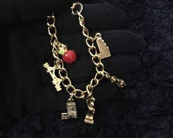 1980's Big Apple Coro Charm Bracelet, Vintage 80's New York Charm Bracelet, Big Apple Charm Bracelet, Vintage NYC Souvenir Graduation Gift