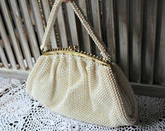 Corde Bead. White. handbag. Vintage. 1950s. Lovely bag. Wedding. Cute!