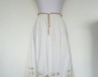 Vintage 70s Embroidered Hippie Skirt Ethnic peasant Boho cotton cream
