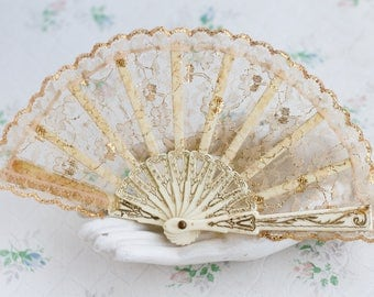 Small Hand Fan - Lace in Beige with Golden Highlights