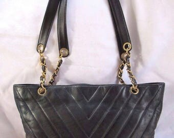 1980's Vintage Authentic Chanel Quilted Lambskin Tote Handbag Chain Handles