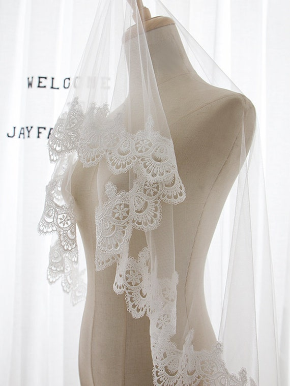 Ivory Lace Veil, Lace Wedding Veil, Ivory Veil ,Single Tier Wedding Veil,Fingertip Length Tulle Veil, Bridal Veil, Tulle Veil