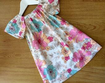 Pretty seaside dress, handmade , girls dress.size 3.