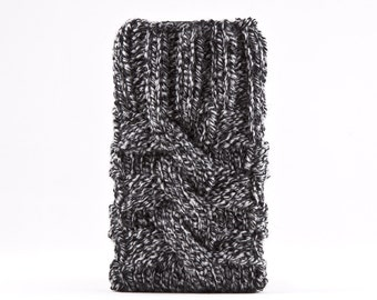 Gray Knitted Galaxy s7 case, Gray iPhone Sleeve, Cute iPhone Case, Knitted Samsung Galaxy Sleeve, iPhone 6S Case, iPhone X Case