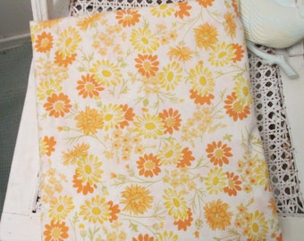 Vintage Full Size Flat Sheet, Yellow and Orange Daisies, Cotton Rich Pecale, No Tags