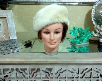 Vintage 1960's/Russian White Mink Fur Hat/ Fur Hat/ Authentic Mink Fur Hat/Vintage Mink Fur Hat/Vintage Fur Hat/ size M