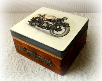 Decoupage wooden box ,keepsake box , motorbike box , vintage motorbike , decoupage box , treasury box ,  brown box , rice paper
