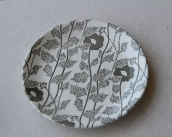 NZ Crown Lynn Ironstone Ceramic Bread  Plate