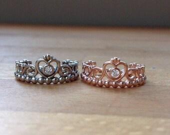 Sparkling silver princess ring