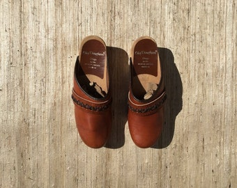 Brown Leather Braided Clogs | 90s vintage | Olaf Daughters | made in Sweden | minimal | normcore | wooden sole | size 6 narrow