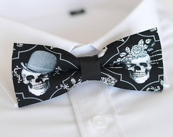 handmade skull bow tie,men's bow tie, men bow tie, bow tie for men, bow tie men, wedding bow tie, groomsmen bow tie