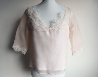 Top in powder pink silk and lace for wedding