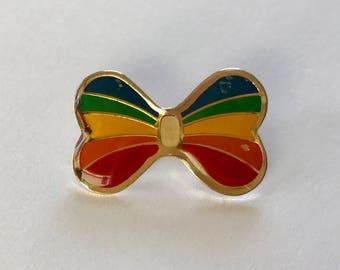 Vintage Rainbow Pin. Enamel Rainbow Pin. Vintage 80's Rainbow Pin. Vintage Mini Rainbow Pin.