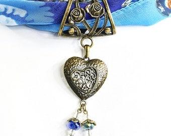 Scarf Jewellery Slider Pendant - Filigree Heart Scarf Ring - Crystal Beaded - Scarf Slider Pendant - Scarf Accessory - Antique Bronze