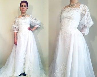 80s Wedding Dress Vintage Wedding Dress 80s Victorian Princess Wedding Dress Size 4 Long Train Lace 80s Bridal Gown Vintage Bridal Gown
