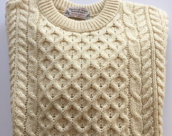 ARAN Wool Sweater Highland Homes Industries Winter White Made in Scotland Size Medium Large
